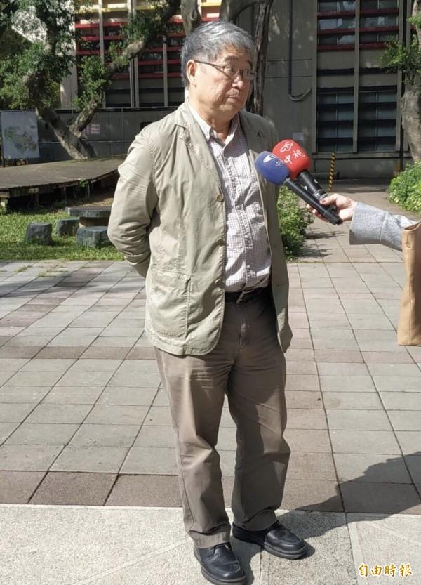 陳其澎表示,願意接受韓國瑜的道歉、盼此事就此打住。(記者李容萍攝)