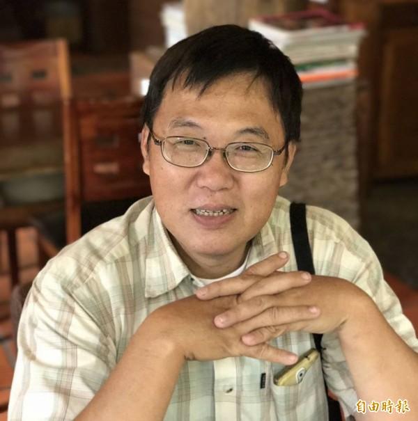 台灣螢火蟲之父何健鎔,日前因病猝逝,令螢火蟲相關領域的產官學界錯愕不已。(取自何健鎔臉書)