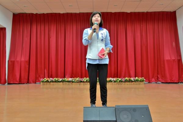 新北市議員陳儀君將把選舉補助款捐作清寒獎學金使用。(圖擷取自陳儀君臉書)