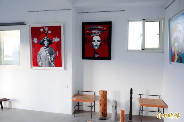 畫家優席夫的部落皇后藝術咖啡館,把微型美術館帶進部落。(記者花孟璟攝)