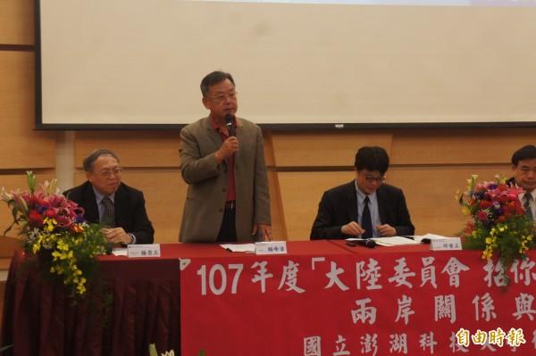 澎湖縣長當選人賴峰偉,在陸委會地方鄉親座談會宣布即將前往中國。(記者劉禹慶攝)