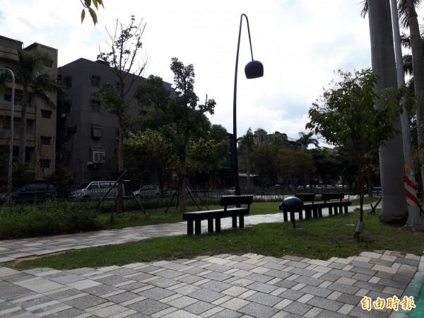 新竹市政府即將啟動步行城市改造工程,其中隆恩圳將銜接串連新竹綠園道和護城河步道,讓行人走在步道上,能用步行感受城市之美與友善。(記者洪美秀攝)