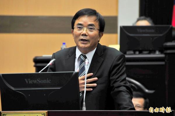 花蓮代理縣長蔡碧仲畢業感言,希望議會對「下一位縣長」也能用同樣標準來看待。(記者花孟璟攝)