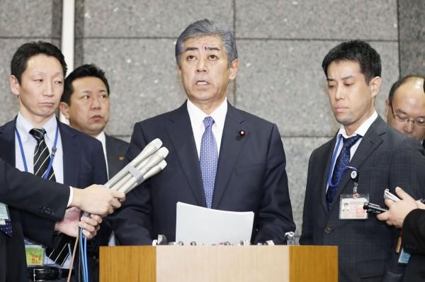 日本防衛大臣岩屋毅21日公開對韓方表達抗議。(路透)