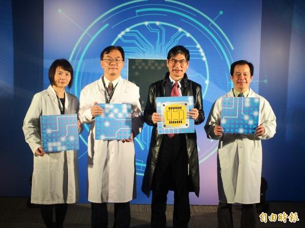 科技部今天舉行台灣腦科技發展及國際躍升計畫啟動記者會。(記者簡惠茹攝)