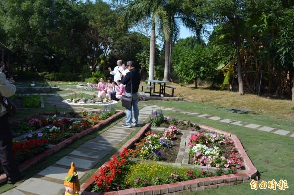 台大雲林分院療癒花園由病友參與設計與闢建,相當漂亮。(記者林國賢攝)
