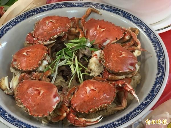 基隆嶼附近生產的黃金蟹。(記者盧賢秀攝)