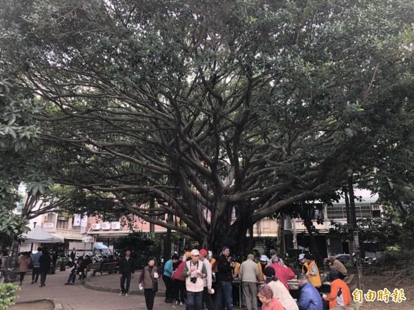 竹市長和公園改善開工,打造全齡通用共融式公園。(記者蔡彰盛攝)