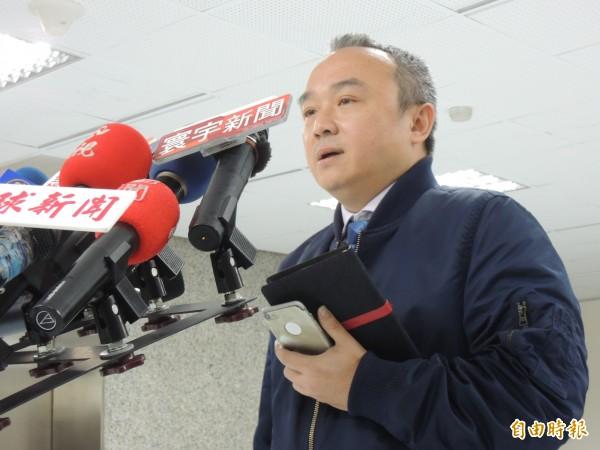 高市觀光局長潘恆旭表示會針對燈會展期再做內部討論(。記者王榮祥攝)