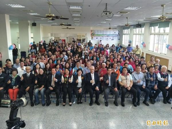 國民黨黨主席吳敦義到雲林,黨內士氣高昂。(記者廖淑玲攝)