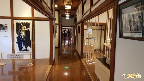 嘉市史蹟資料館屬日式「書院造」木結構建築特色。(記者丁偉杰攝)