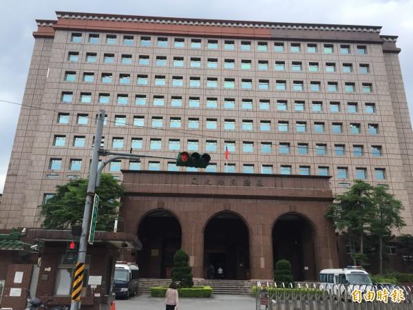 基隆地方法院認定,張男觸犯妨害公務罪,判處拘役50天,得易科罰金。(記者吳昇儒攝)