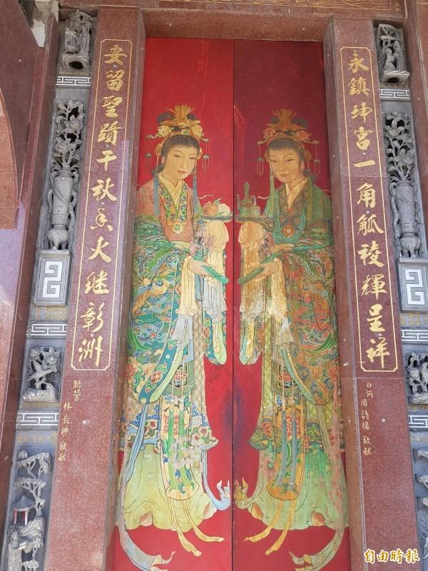 白河區永安宮擁有6件國寶級繪師潘麗水作品,獲列一般古物,今年文化部補助進行修復,盼再現大師彩繪風華。(記者王涵平攝)
