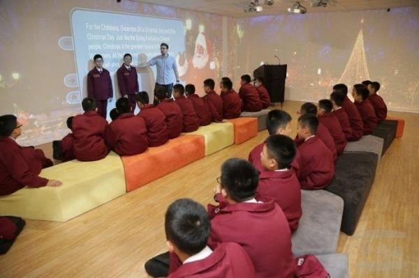 中正預校導入英語情境教室,盼增進學生學習成效。(軍聞社)