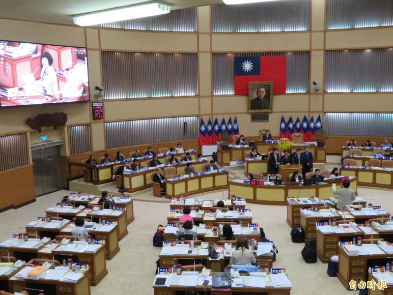 民進黨議員王淑慧認為體育發展基金運用不符成立宗旨,揚言裁撤。(記者何玉華攝)