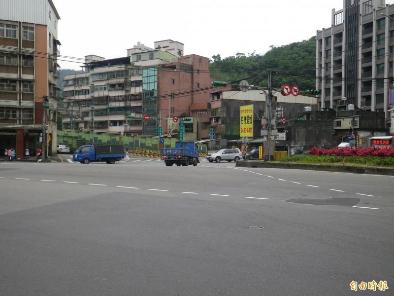 公路總局評估從台62線出口闢建到萬里的外環道。(記者盧賢秀攝)