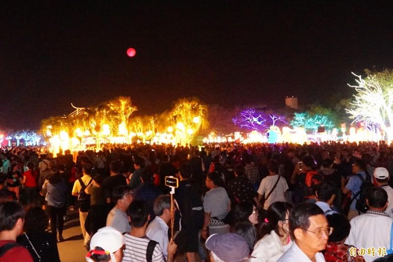 突破千萬人!台灣燈會接駁奏效 順利輸運169萬人