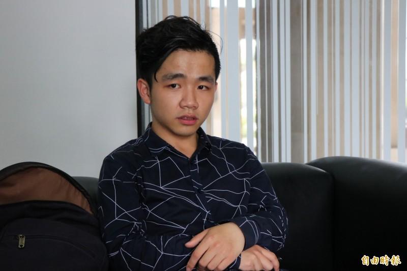 中國籍學生李家寶對於直播批判習近平一事,並不後悔,並說選擇這條路就要勇敢走下去。(記者萬于甄攝)