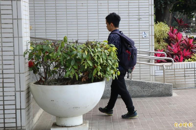 李家寶今仍到學校上課,學習未受影響。(記者萬于甄攝)