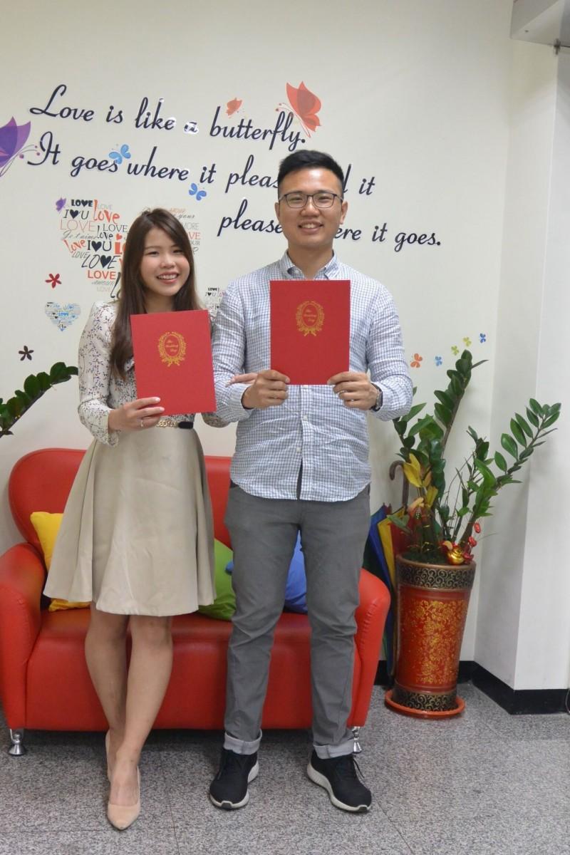 今天白色情人節,彰化縣共有49對新人完成結婚登記。(彰化縣政府民政處提供)