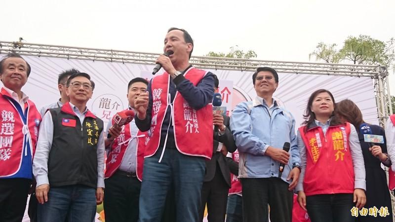 朱立倫也到台南為謝龍介助講。(記者楊金城攝)