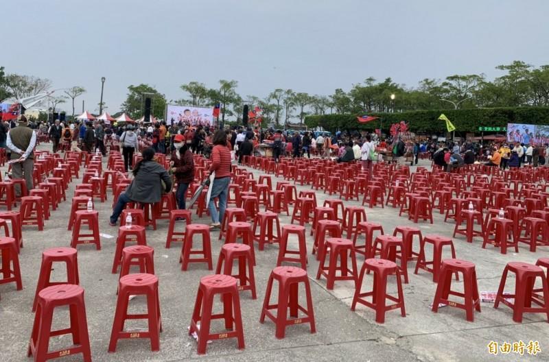 鮪瑜秀造勢活動,吸引不少支持者到場熱情力挺,但也有很多座位沒坐滿。(記者楊金城攝)