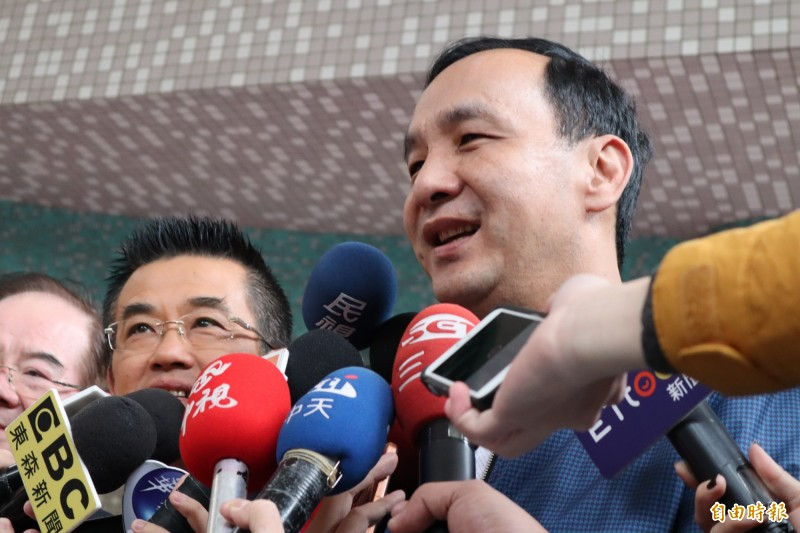 面對近日有台籍中國政協委員聲稱「10年內台灣就會統一」,朱立倫今表示,台灣是民主社會,什麼話都有,很多都是個人言論自由。(記者周湘芸攝)