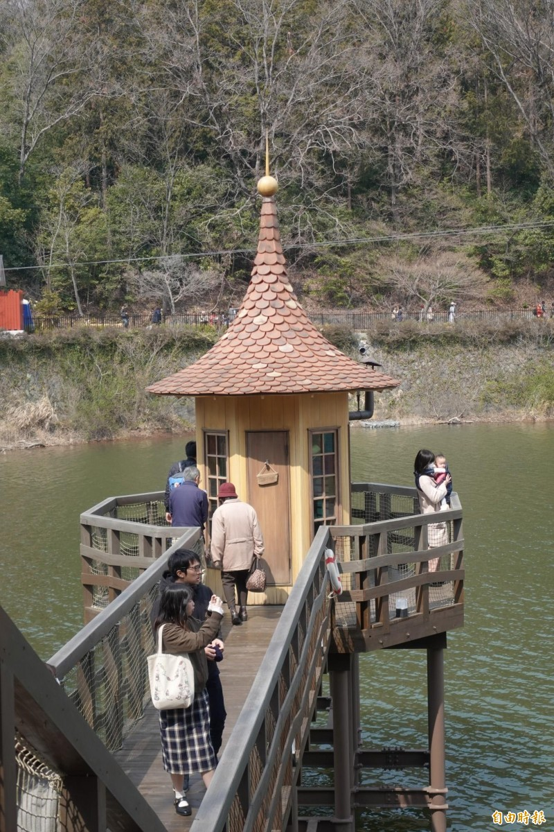 或許可以巧遇阿金的水中小屋。(記者林翠儀攝)