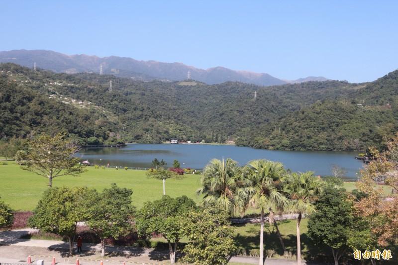 龍潭湖是宜蘭縣知名的平原湖泊,俗稱「大陂湖」,為昔日「蘭陽12勝」之一,也是宜蘭5大名湖中面積最大的湖泊(記者林敬倫攝)