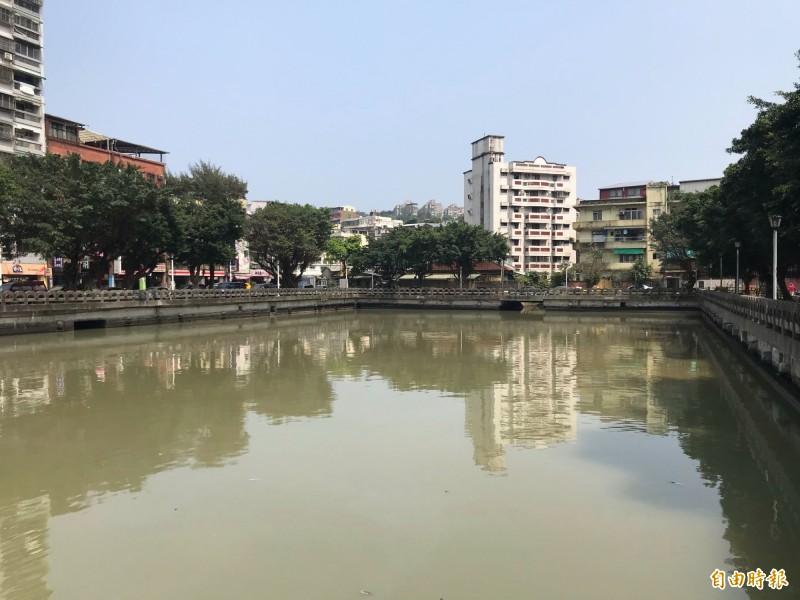 基隆市前瞻計畫田寮河部分會在河底洄船池做截流,形成新的親水空間。(記者俞肇福攝)