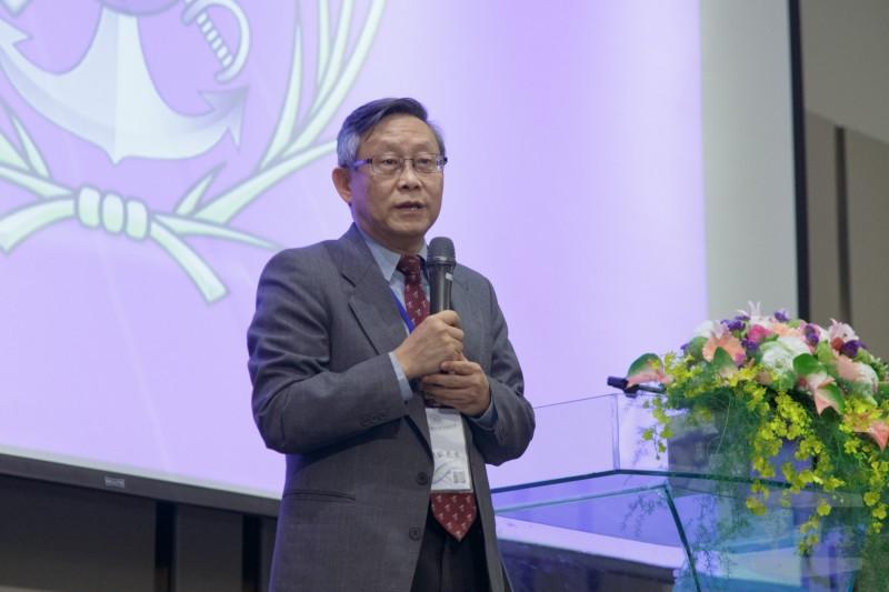 清大校長賀陳弘表示,該校今年要與國防部合作推出將星計畫,招收清大頂標學生加入ROTC。(圖:軍聞社提供)