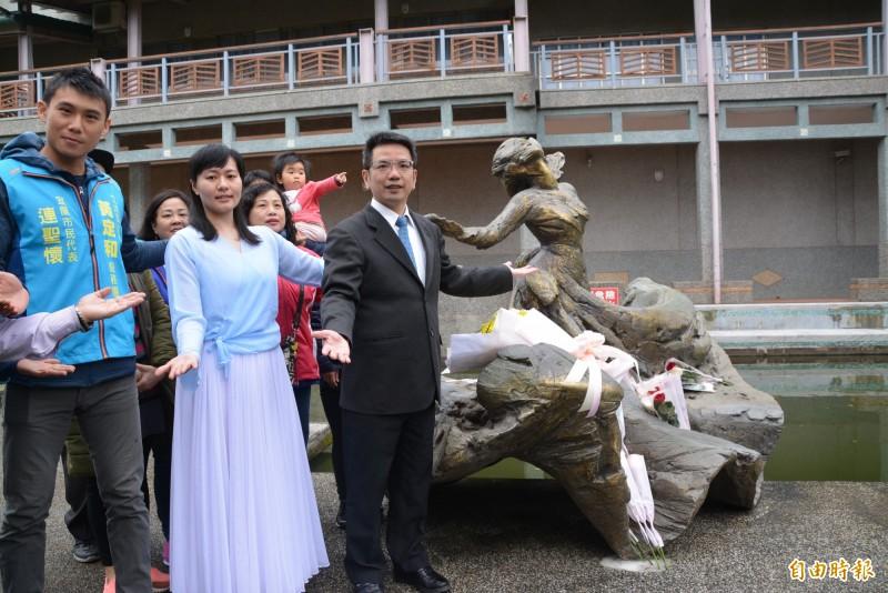 宜蘭市長江聰淵宣佈,每年3月24日訂為「羅曼菲日」,表達對羅曼菲追思,並傳承舞蹈藝術教育。(記者游明金攝)