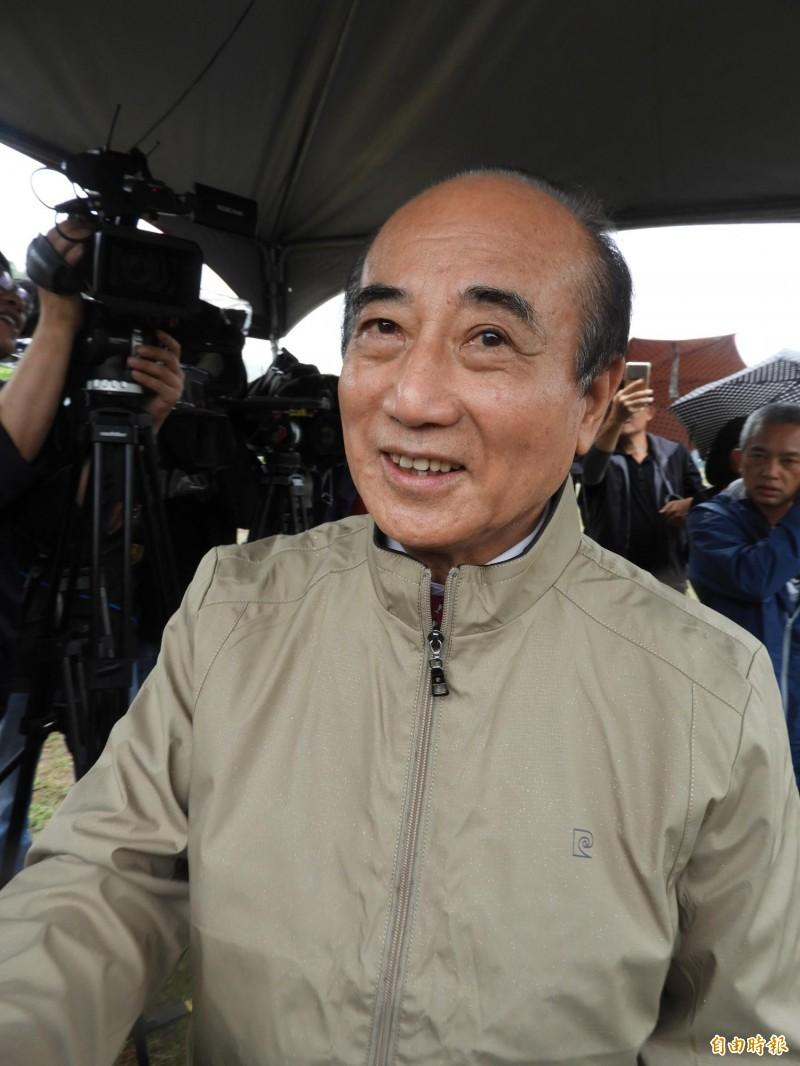 王金平抱怨吳敦義,未找他商量過初選,「他只有要我幫忙的時候,來拜託我」。(記者葛祐豪攝)