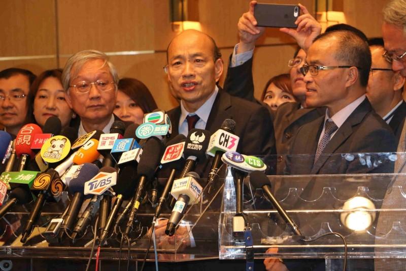 韓國瑜與港澳中聯辦主任會面,引發外界疑慮。(高雄市新聞局提供)