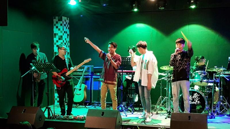 開人生首場演唱會 泰國新二代一圓歌手夢