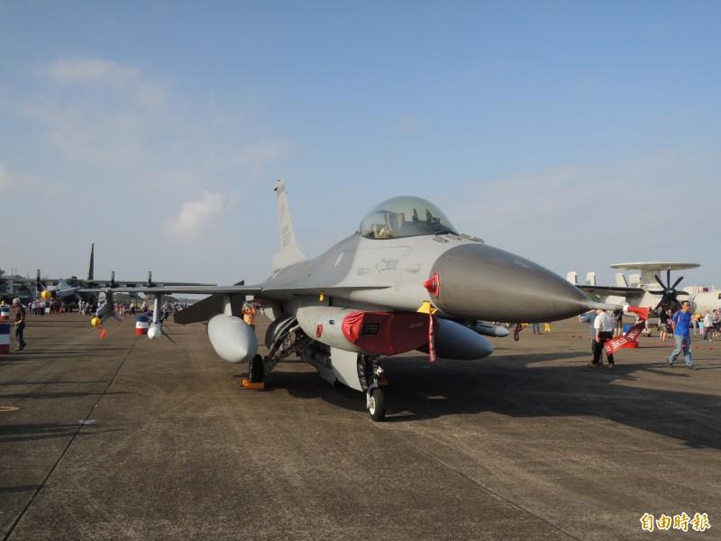 我國空軍F16戰機。(記者羅添斌攝)