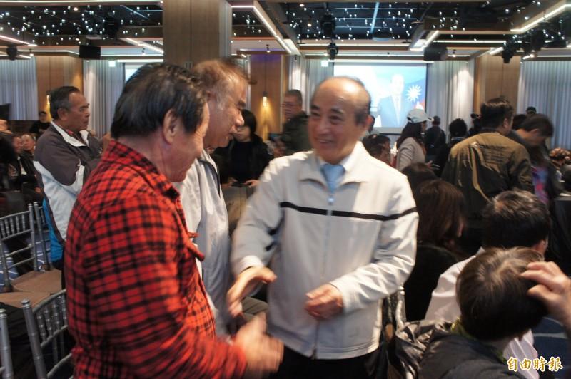 王金平與澎湖基層座談,爭取民意支持。(記者劉禹慶攝)