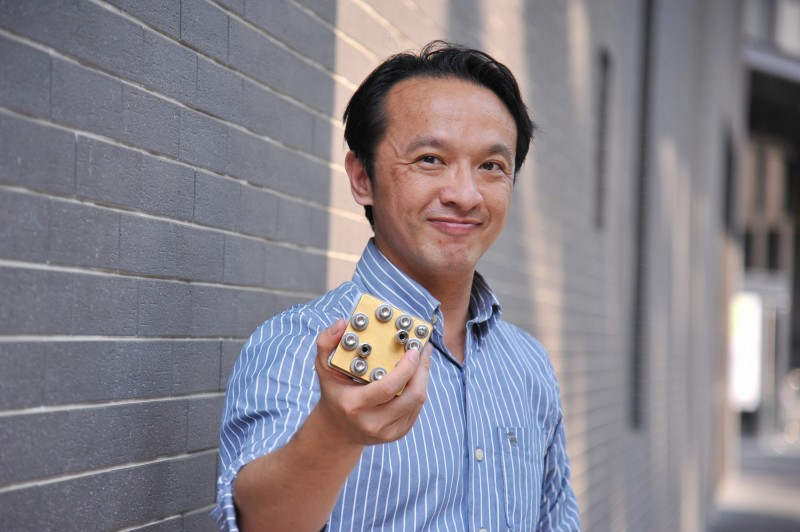 清大工科系教授陳燦耀研發出「原子級觸媒」,奠立下一代鹼性燃料電池的新里程碑。(清大提供)
