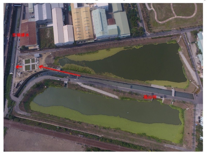 水利局推動鳳山溪上游水質淨化工程,預計本月底完工啟用,將有助於鳳山溪水質改善。(記者陳文嬋翻攝)