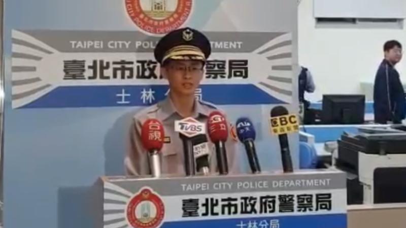 北市警士林分局社子所長許書桓說明。(記者陳恩惠翻攝)