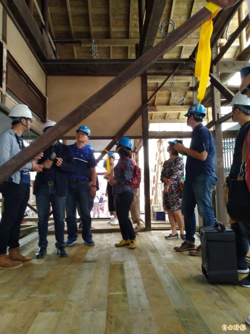 經濟農場咖啡工場員工宿舍再生,將舉辦工地現場展。(記者詹士弘攝)