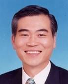 陳俊明是知名中醫師。(記者王冠仁翻攝)