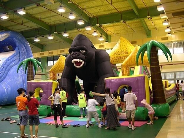 超大黑金剛遊具將搬到三峽區客家文化園區,讓小朋友們前來挑戰。(新北市客家事務局提供)