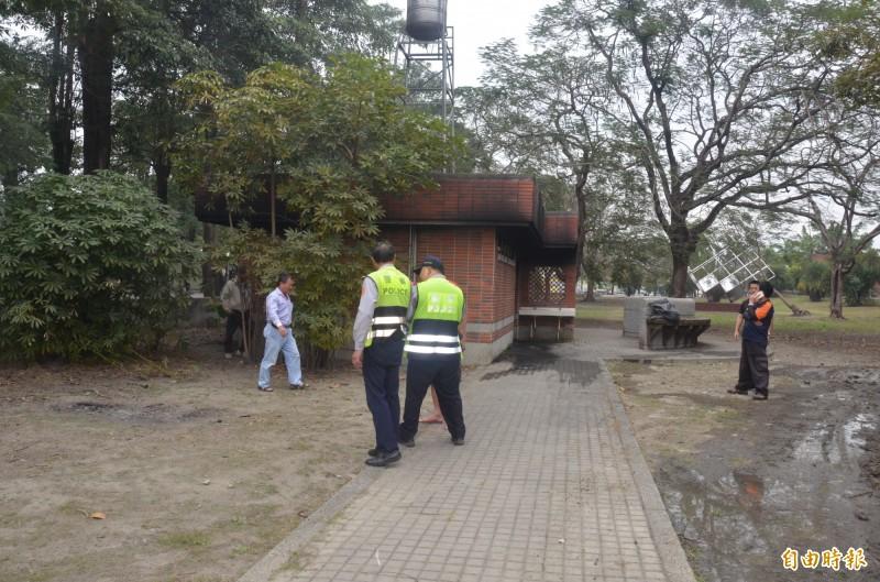 屏東運動公園傳出上吊自殺案,引發民眾議論。(記者葉永騫攝)