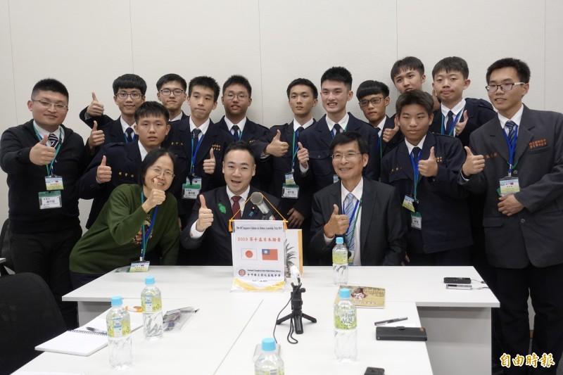 彰中「日本踏查團」學生訪問日本國會並與眾議員鈴木馨祐舉行會談。(記者林翠儀攝)