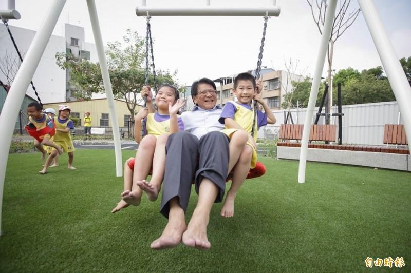屏東縣境內公園增闢兒童遊戲場,須納入兒童表意權。(記者侯承旭攝)