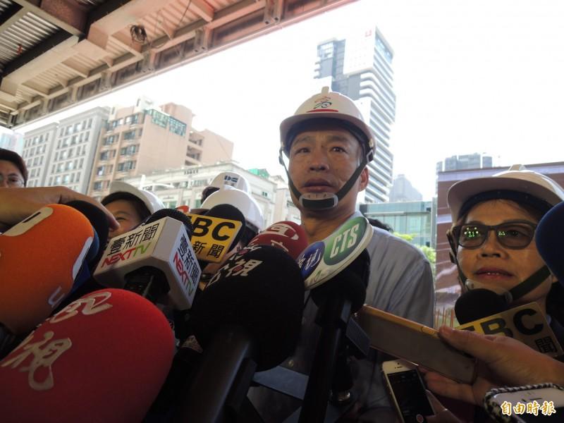 高雄市長韓國瑜對於統大選相關議題保持低調,強調以市政優先。(記者王榮祥攝)