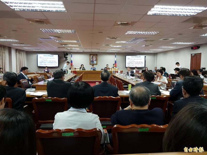 立法院司法及法制委員會今排審「法官法部分條文修正草案」等案。(記者謝君臨攝)