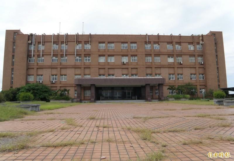 新營醫院北門分院,獲得前瞻計畫補助,將改建轉型為北門長照園區。(記者楊金城攝)