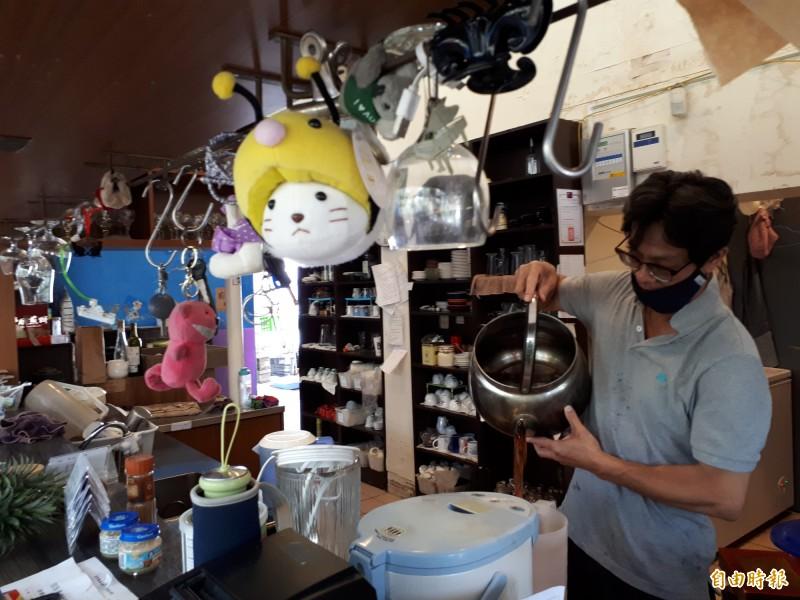 清華大學百齡堂的「蘇格貓底」餐廳,即將在月底劃下在清華13年歷史的句點。(記者洪美秀攝)